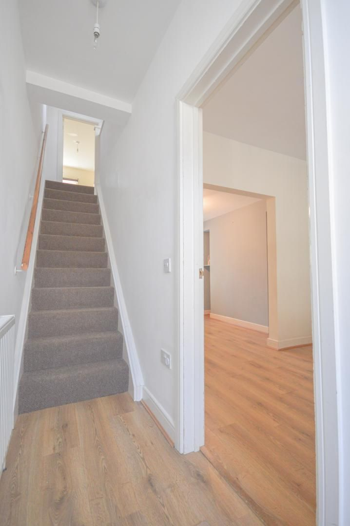 2 bed house to rent in Broad Street  - Property Image 12