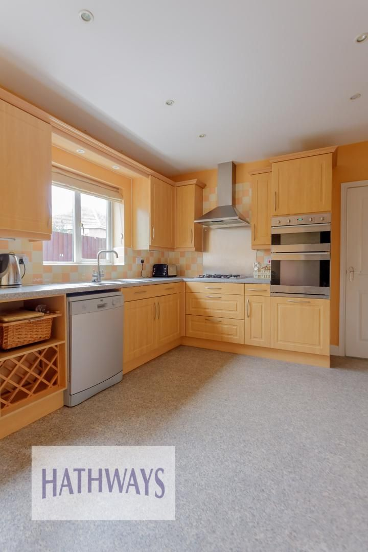 4 bed house for sale in Lansdowne Gardens 14