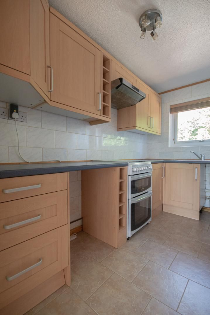 1 bed flat to rent in Afon Terrace 5