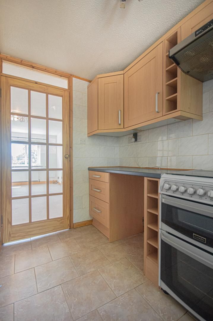 1 bed flat to rent in Afon Terrace 7