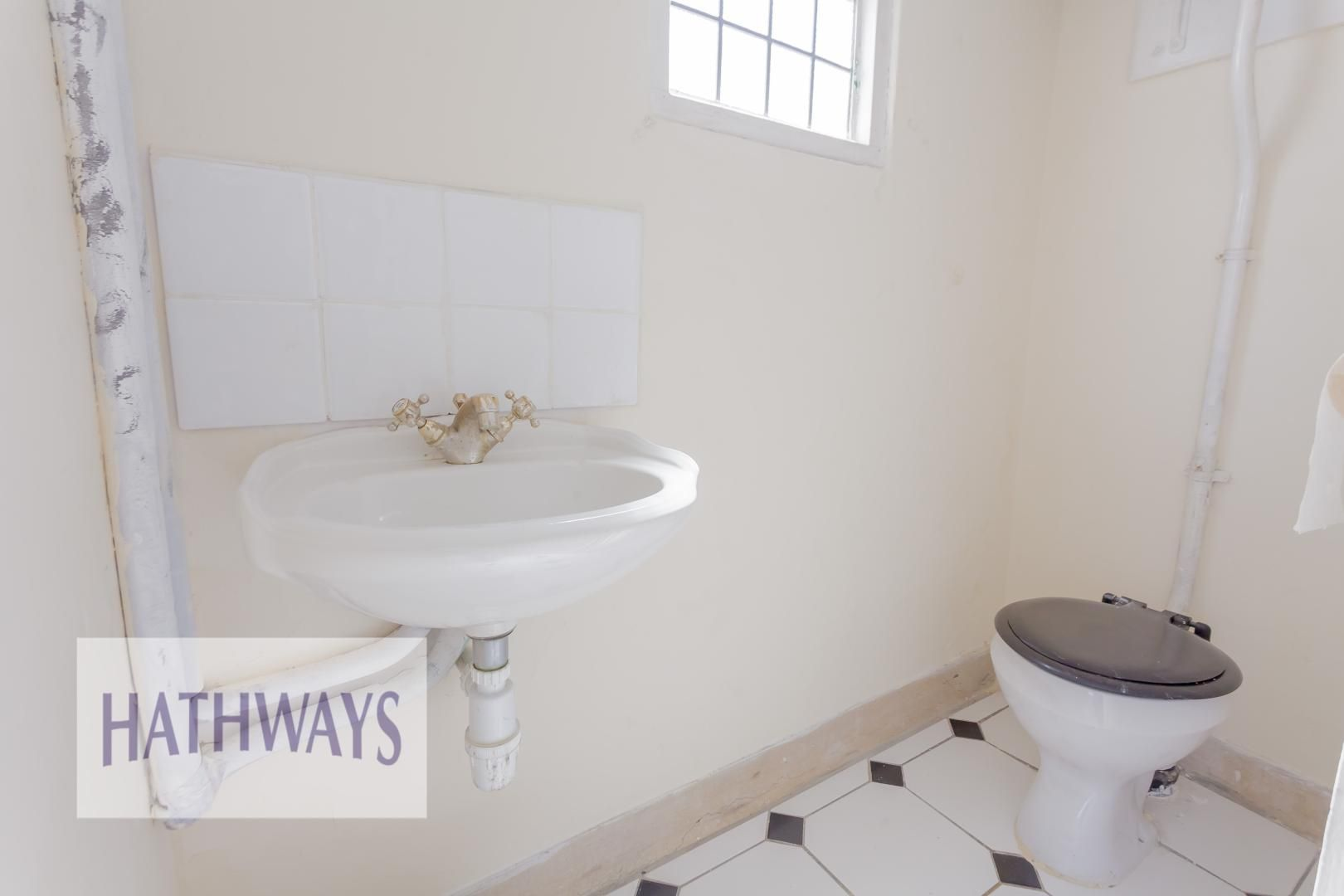 3 bed bungalow for sale in Christchurch Road  - Property Image 18