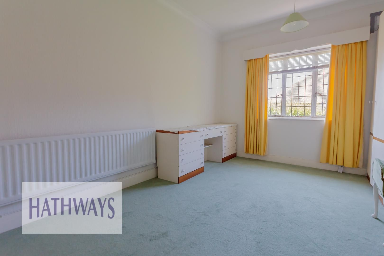 3 bed bungalow for sale in Christchurch Road 23
