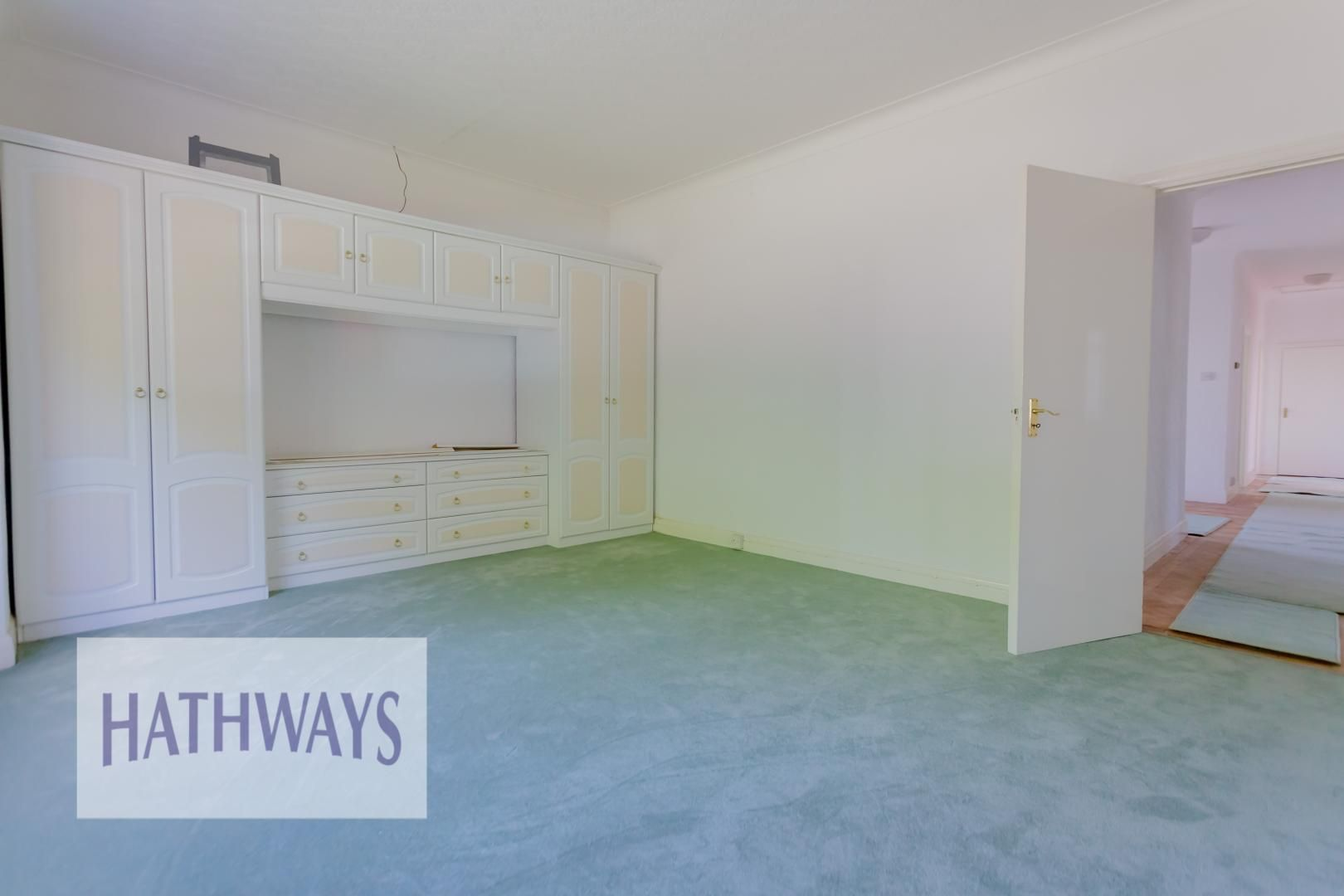 3 bed bungalow for sale in Christchurch Road 24