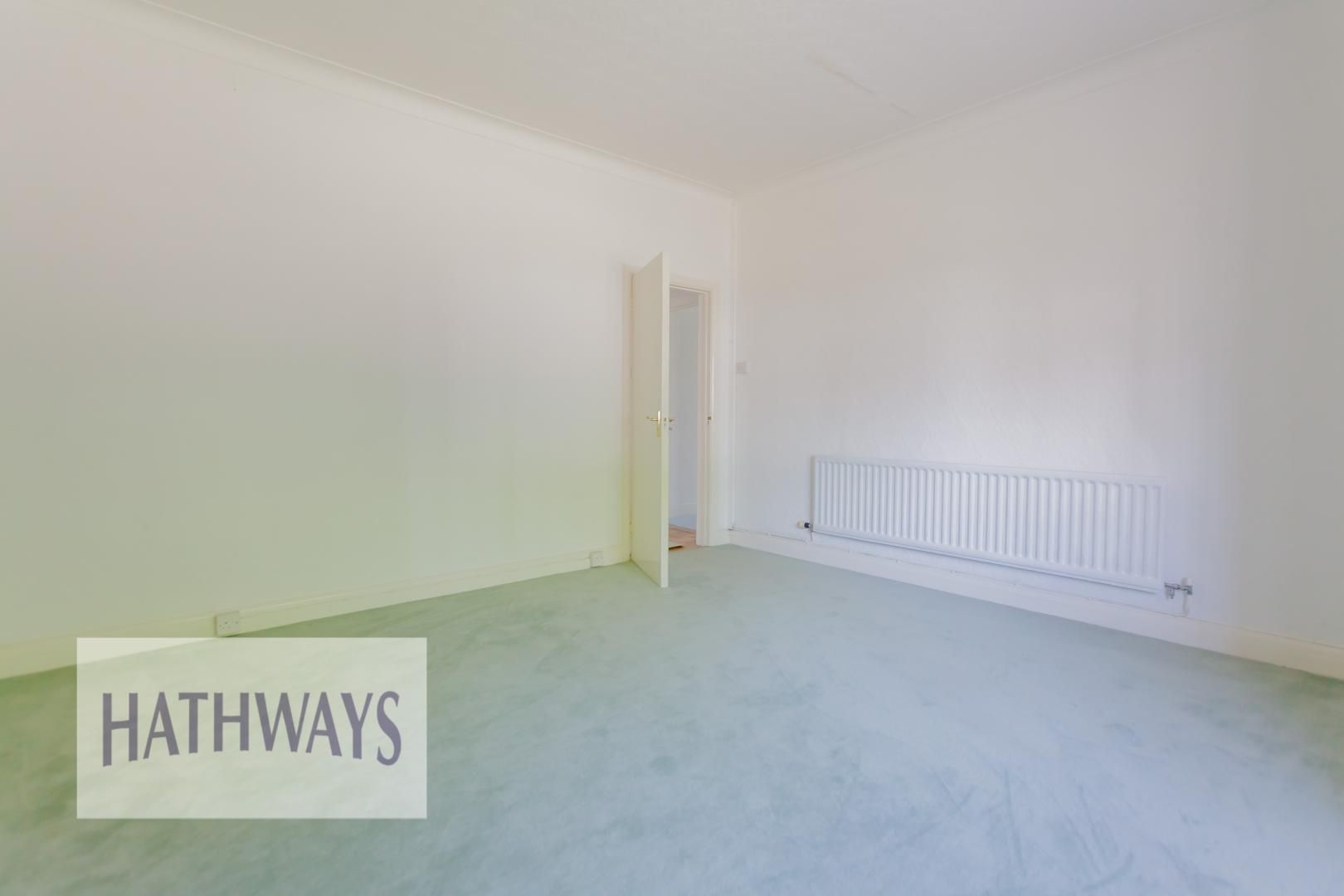 3 bed bungalow for sale in Christchurch Road 25
