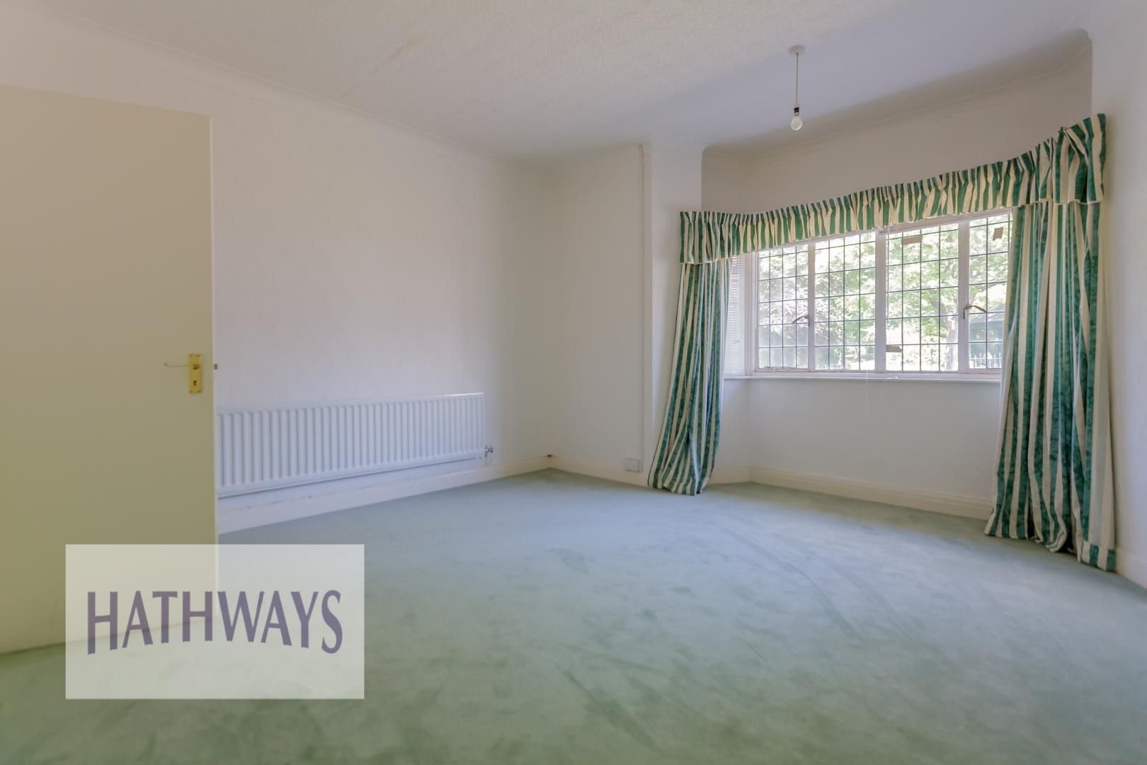 3 bed bungalow for sale in Christchurch Road 26