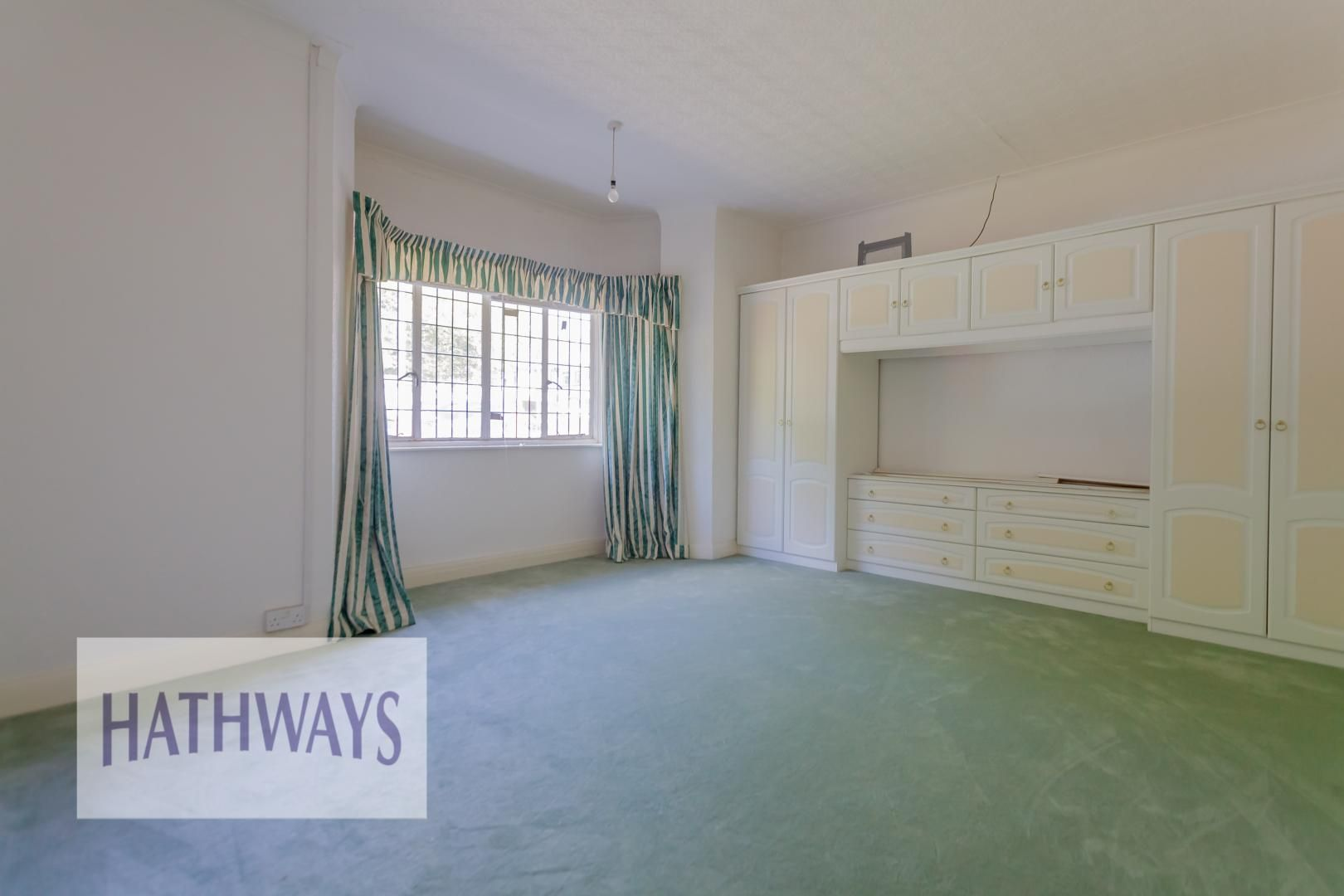 3 bed bungalow for sale in Christchurch Road 27