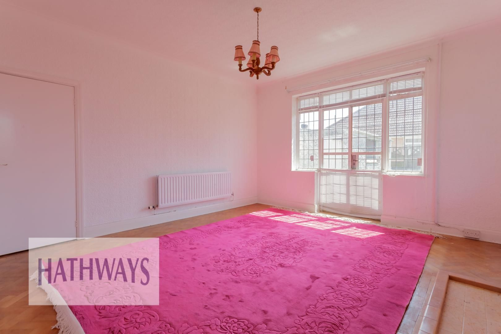 3 bed bungalow for sale in Christchurch Road 4