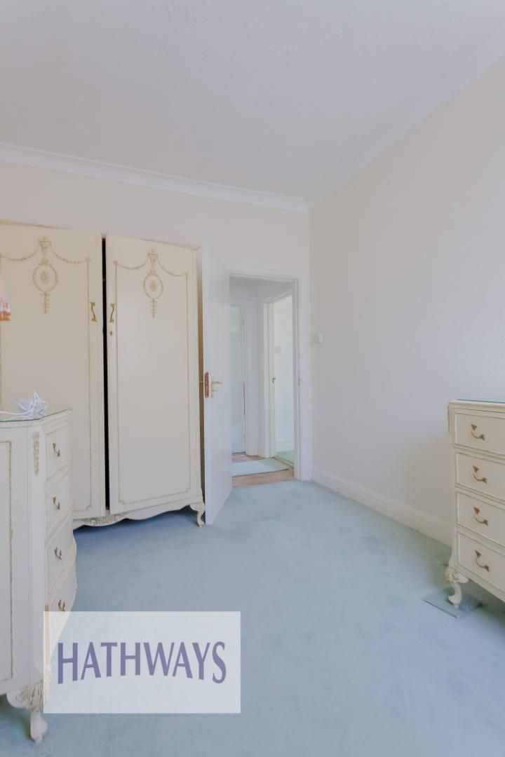 3 bed bungalow for sale in Christchurch Road 32