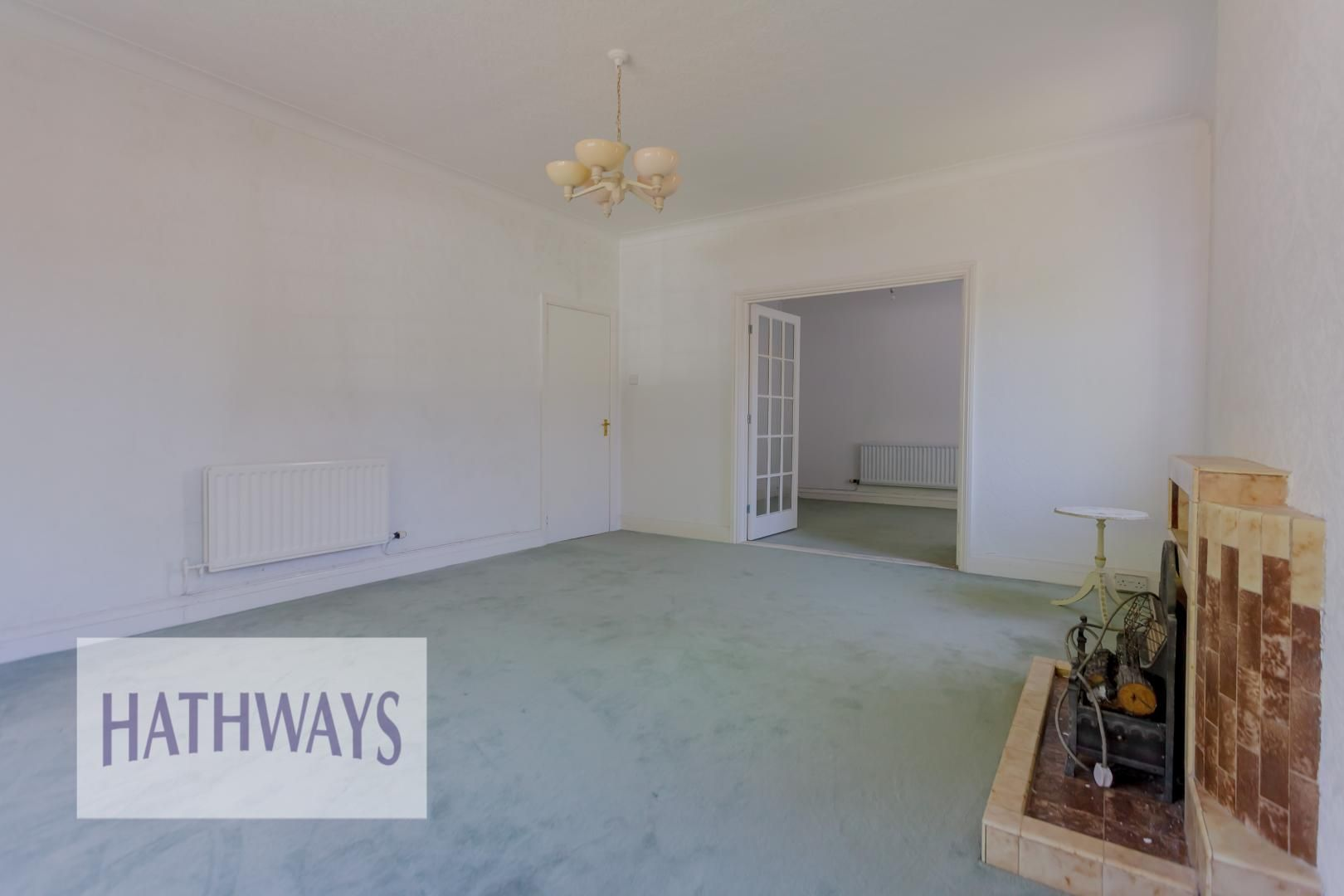 3 bed bungalow for sale in Christchurch Road 33