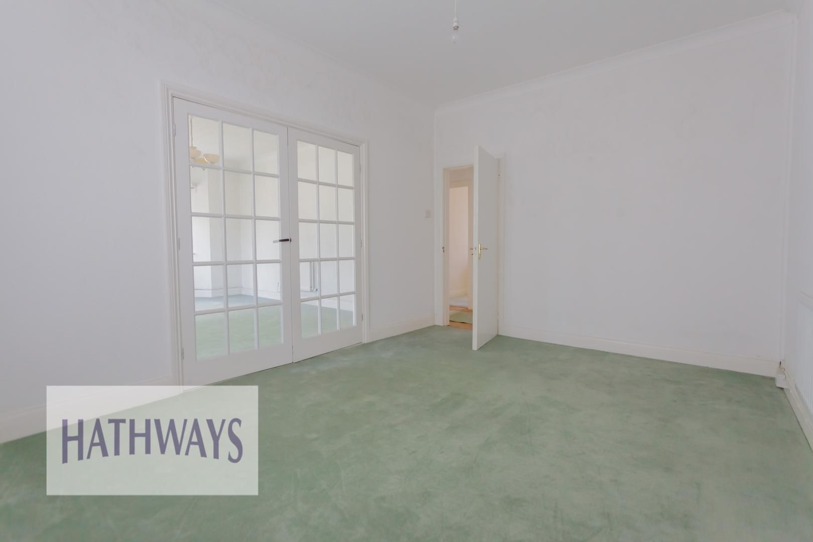 3 bed bungalow for sale in Christchurch Road 38
