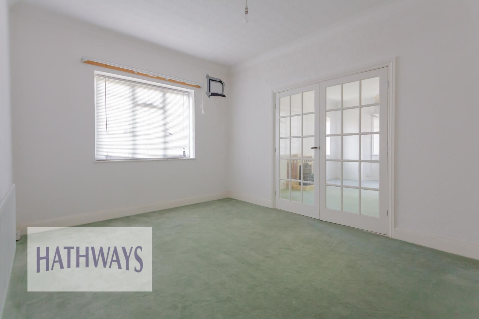 3 bed bungalow for sale in Christchurch Road 39