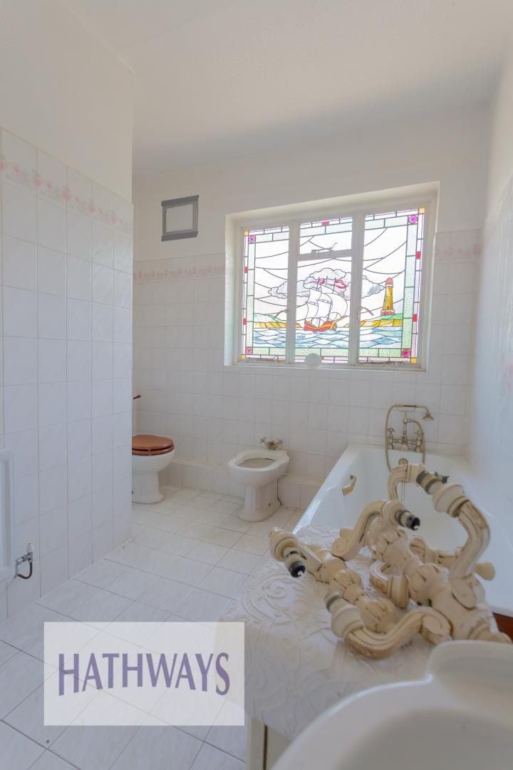 3 bed bungalow for sale in Christchurch Road 42