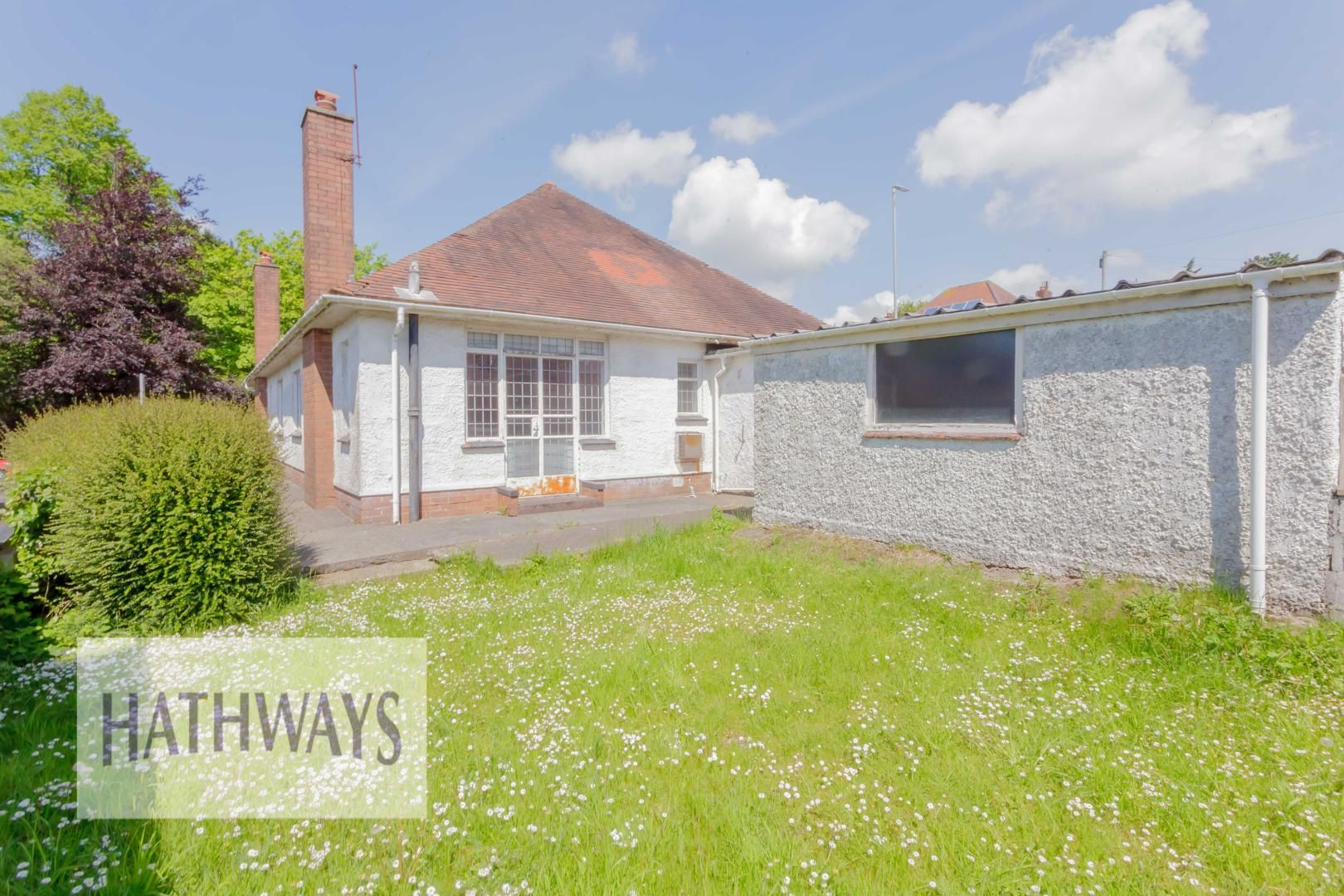 3 bed bungalow for sale in Christchurch Road 51