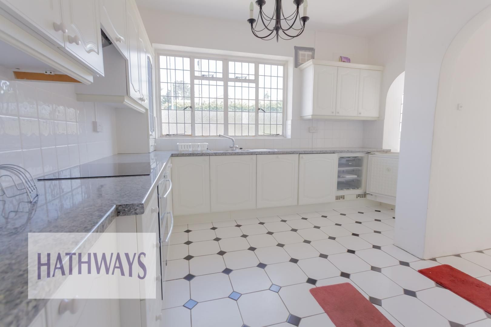 3 bed bungalow for sale in Christchurch Road 7