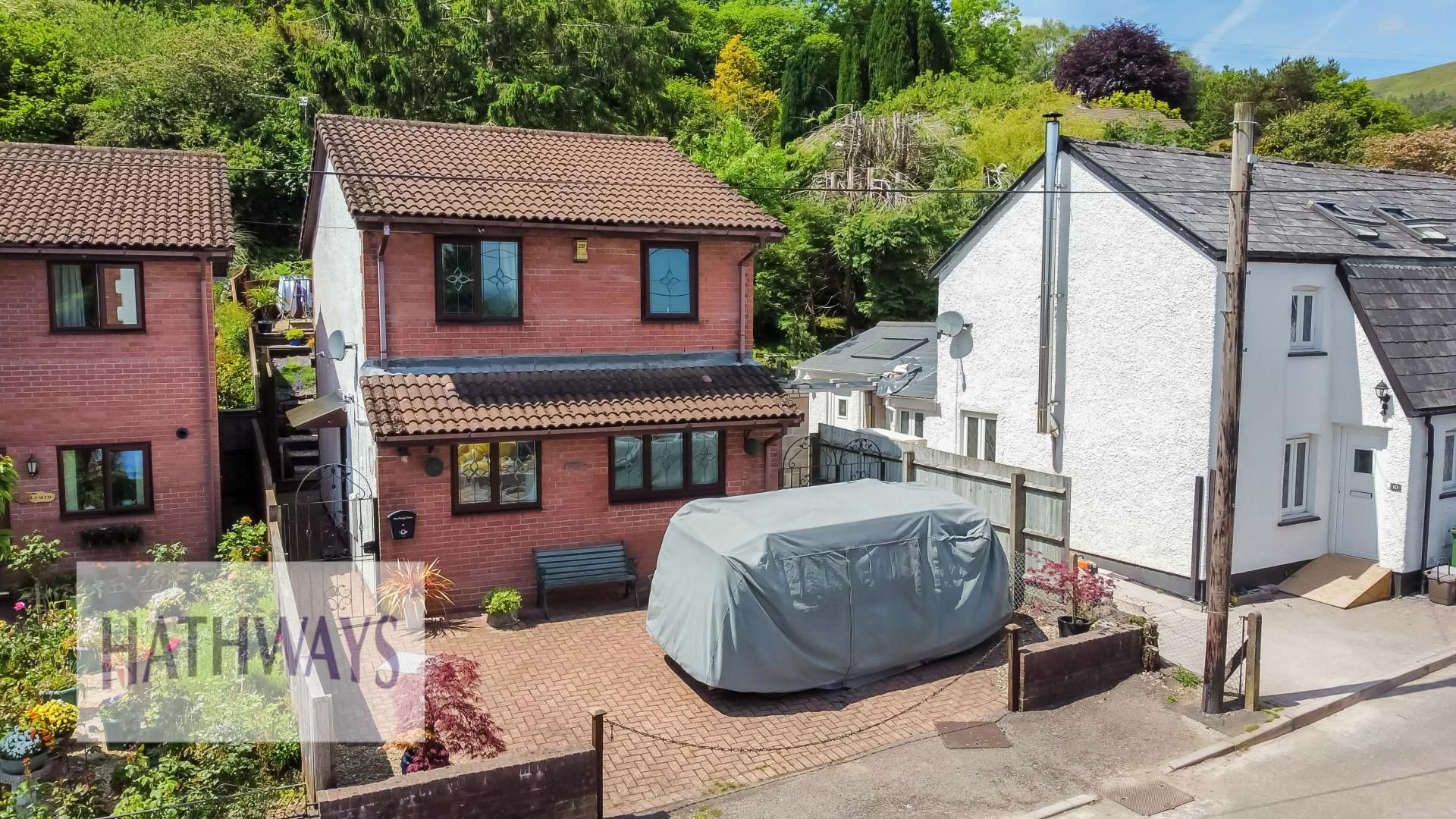 3 bed house for sale in Tram Road, NP44
