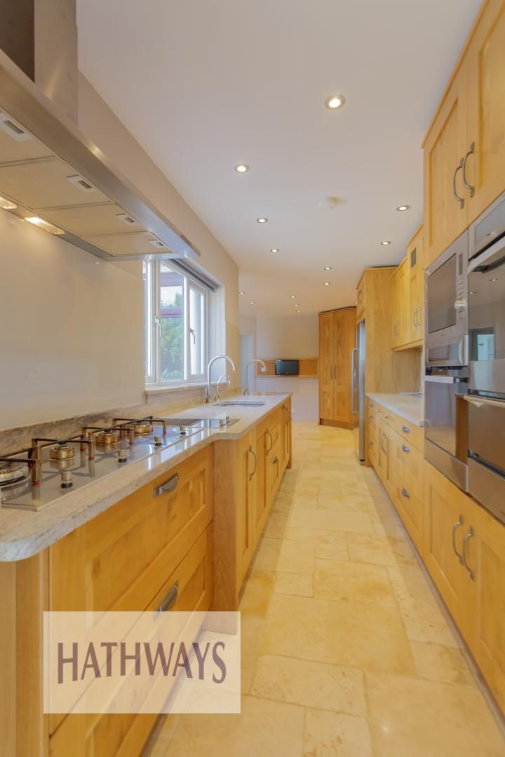 4 bed house for sale in Station Road 20