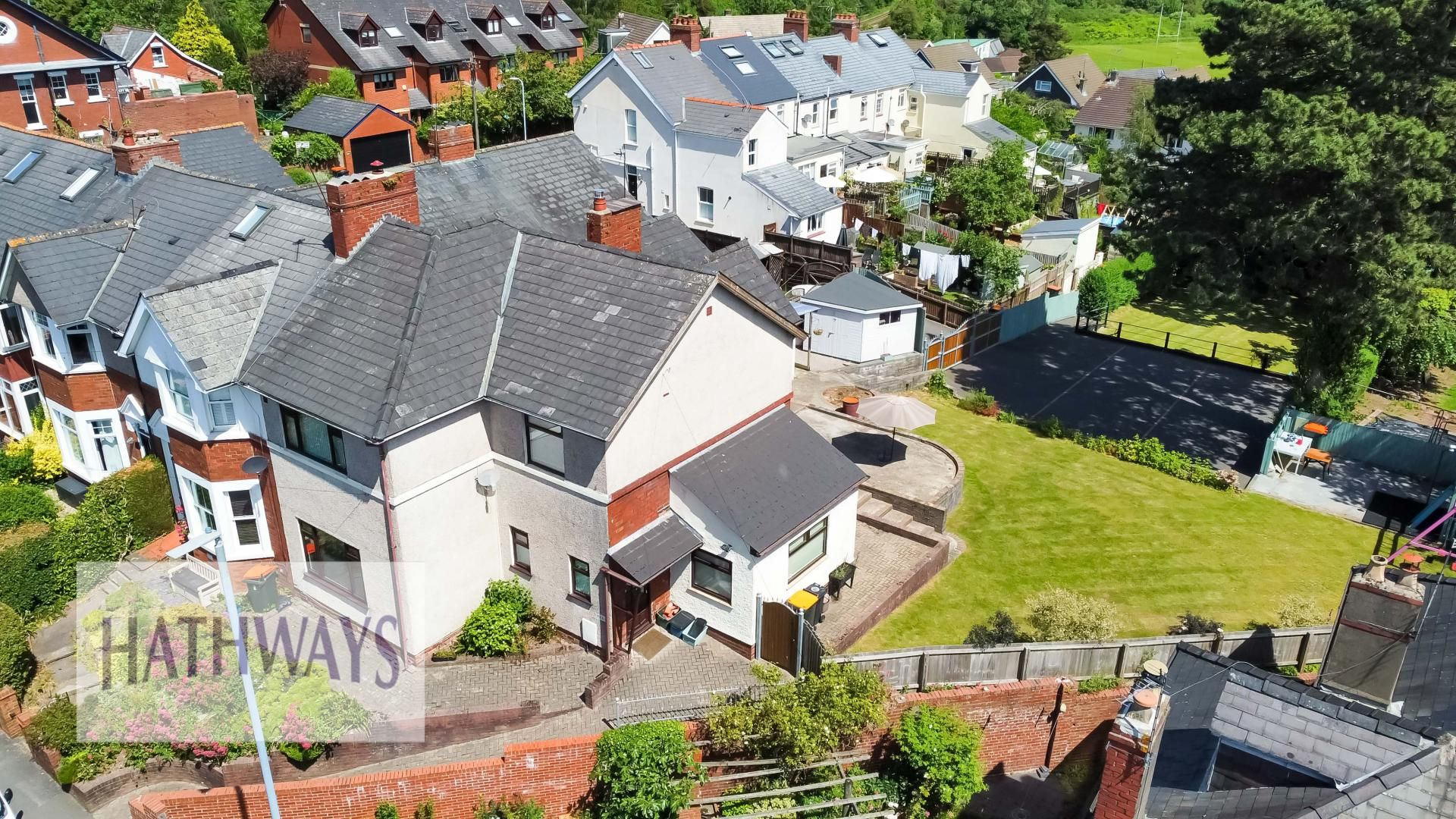 4 bed house for sale in Station Road  - Property Image 3