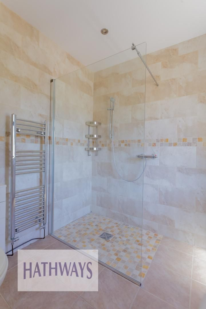 4 bed house for sale in Station Road  - Property Image 28