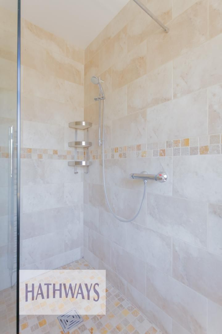 4 bed house for sale in Station Road  - Property Image 31