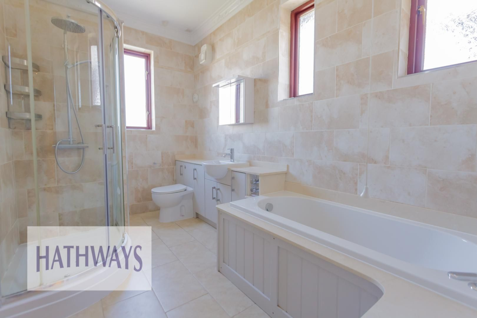 4 bed house for sale in Station Road 54