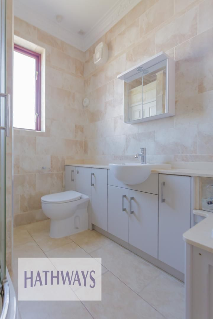 4 bed house for sale in Station Road 58