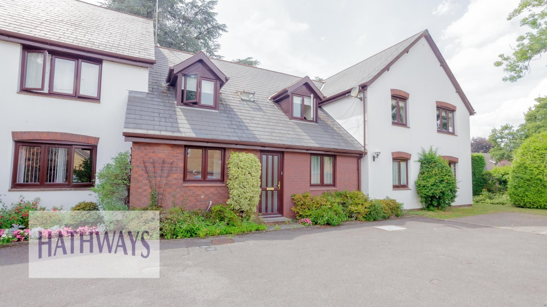 2 bed flat for sale in Hafod Gardens, NP18