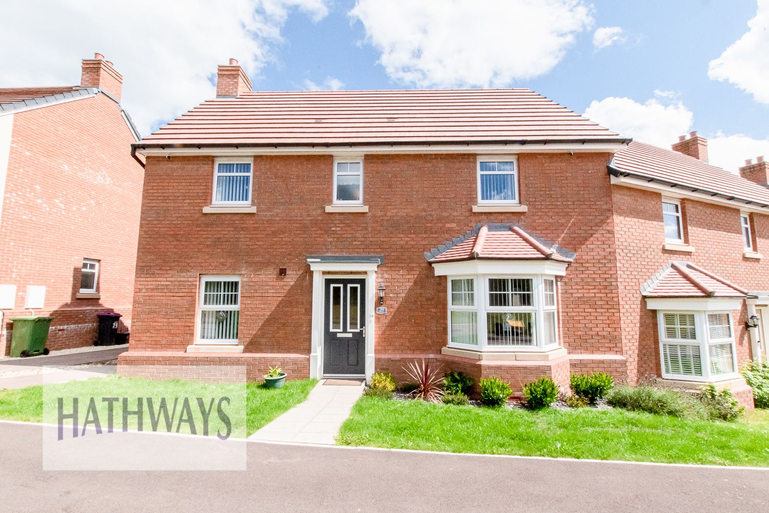 3 bed house for sale in Cwrt Carver, NP44