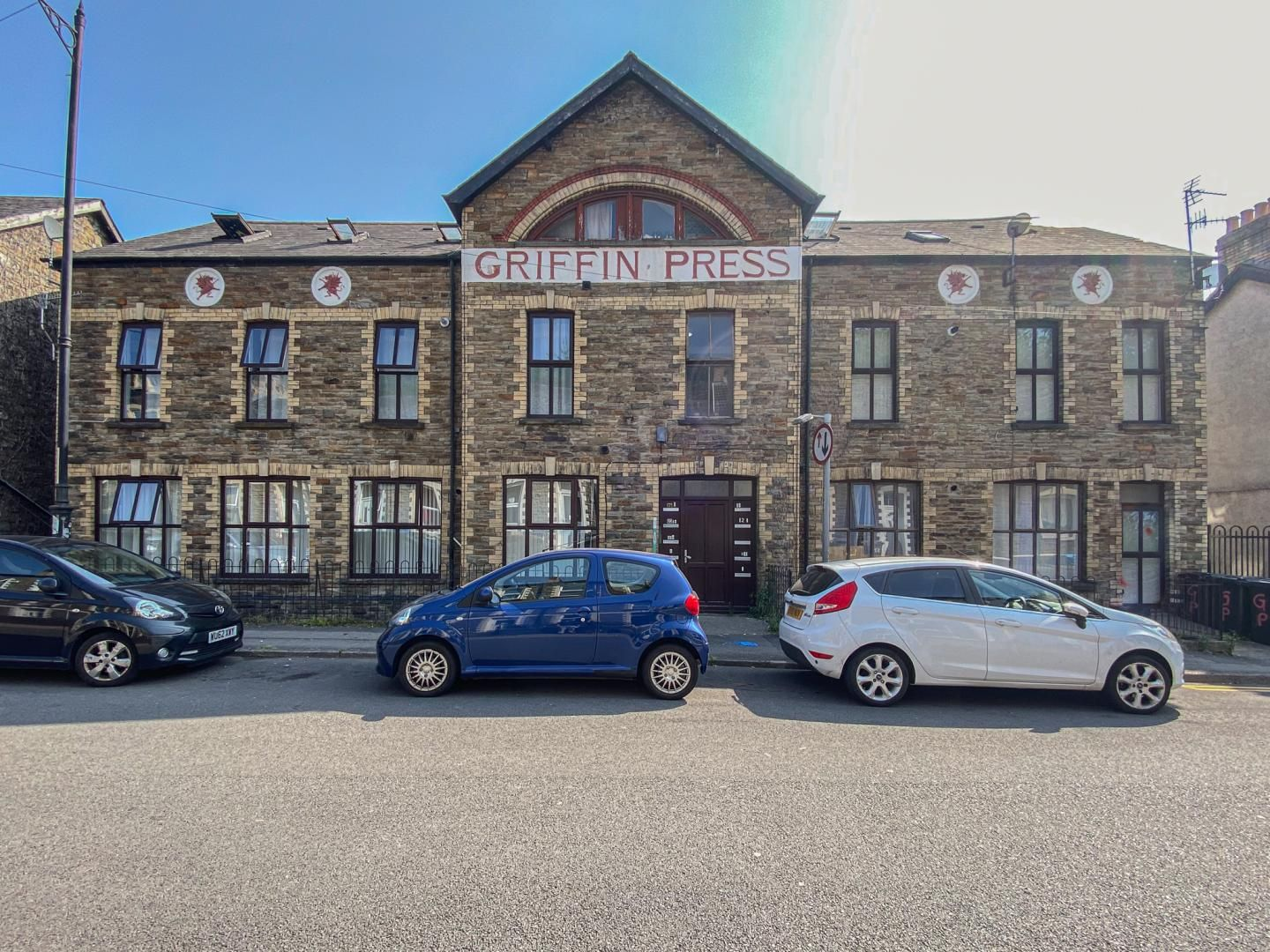 2 bed flat for sale in Osborne Road, NP4