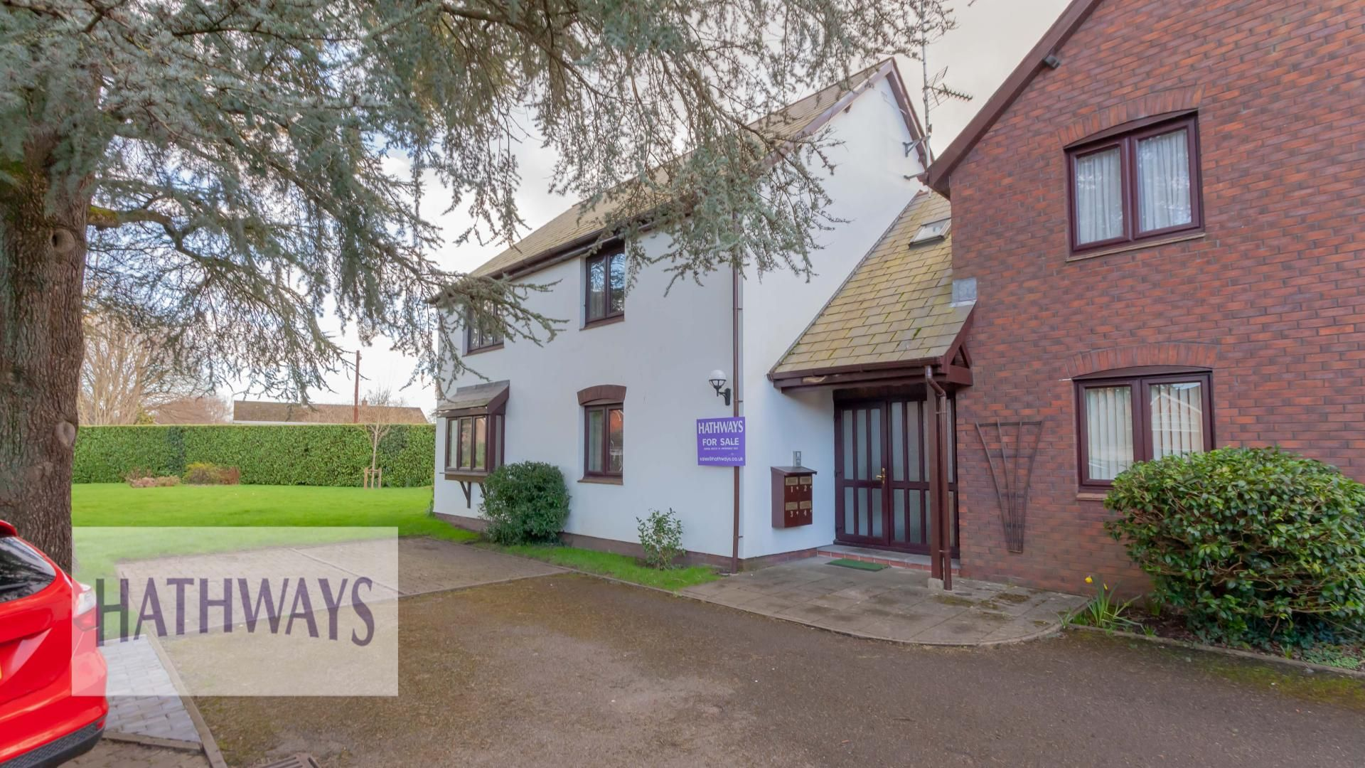 2 bed flat for sale in Caerleon Road, NP18