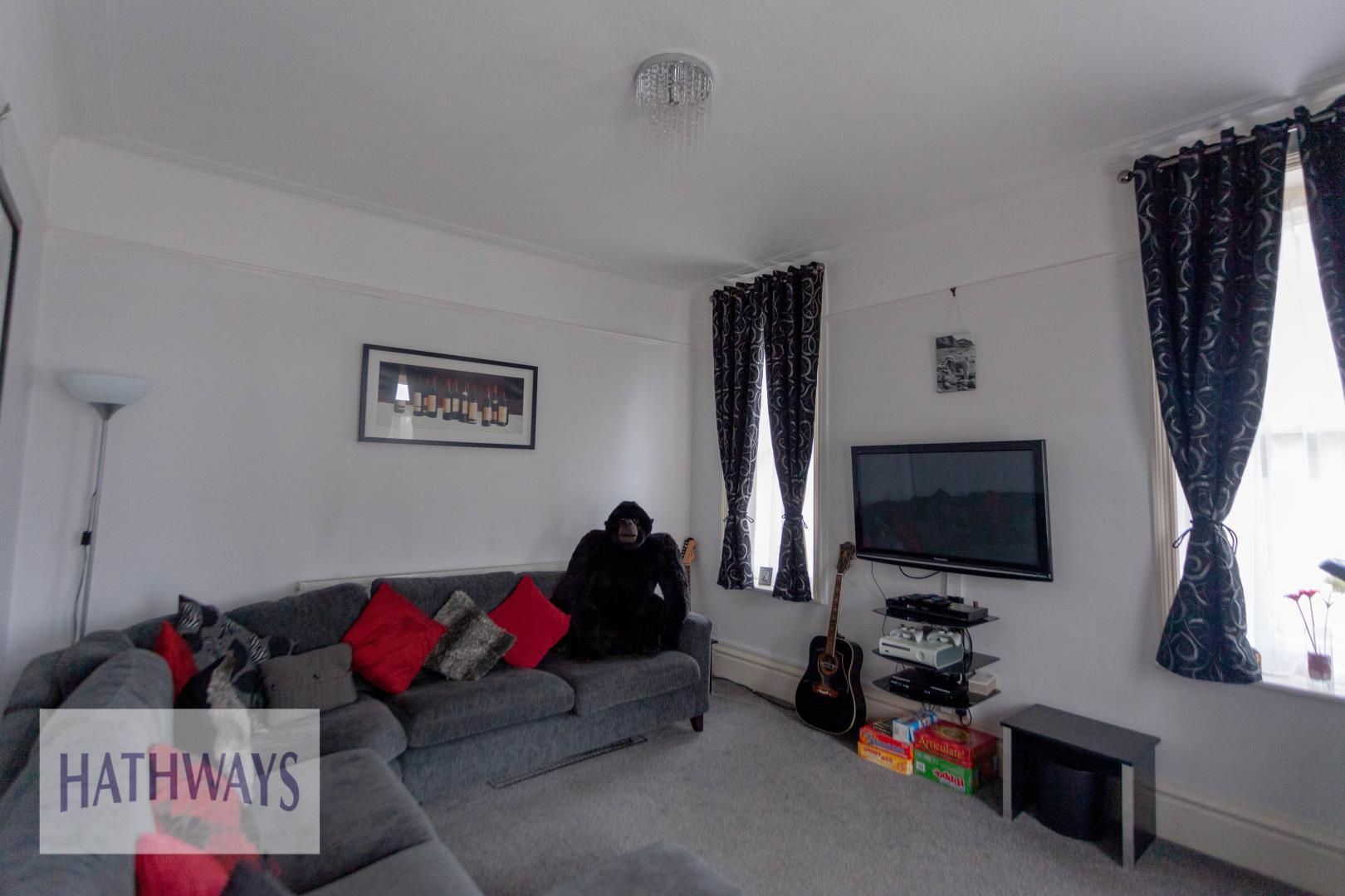 4 bed house for sale in Caerleon Road 14