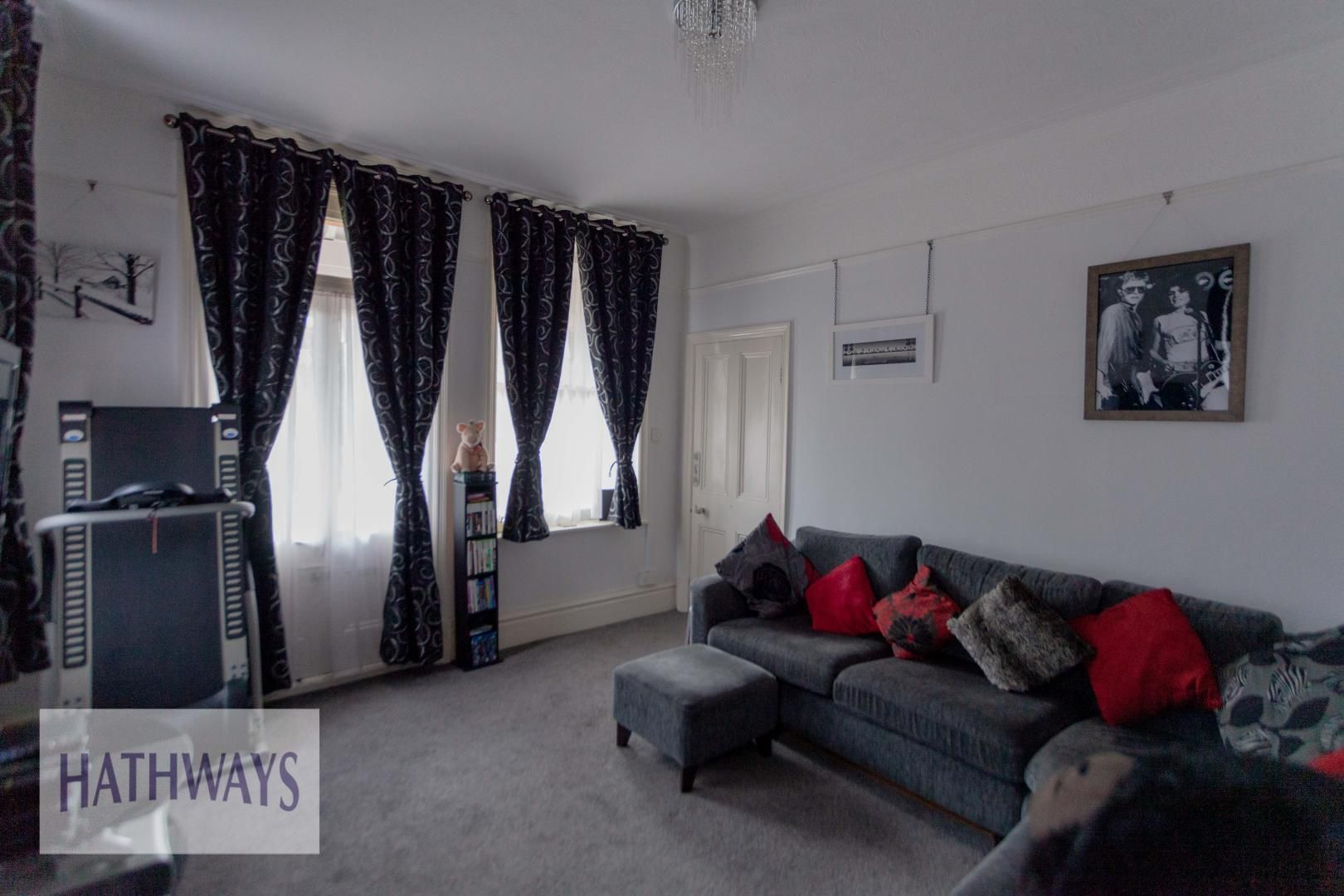 4 bed house for sale in Caerleon Road 15