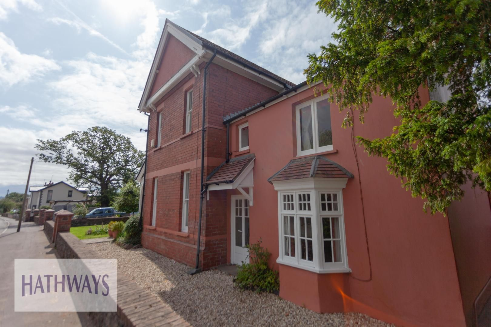 4 bed house for sale in Caerleon Road 5