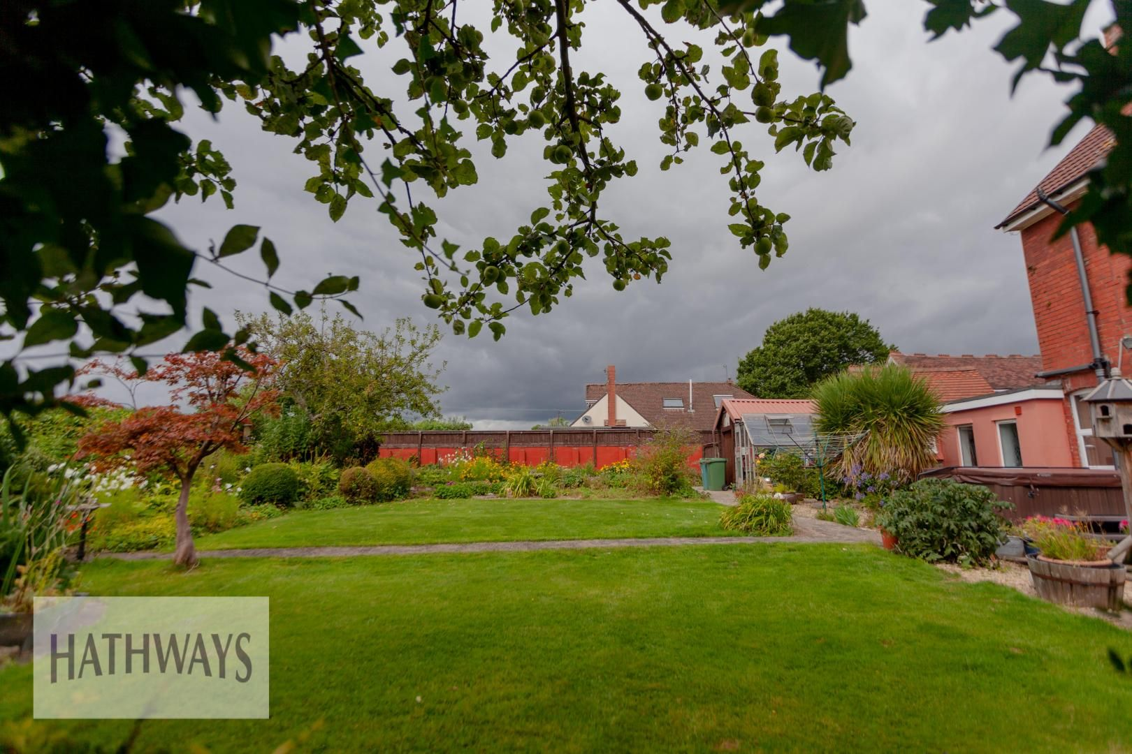 4 bed house for sale in Caerleon Road 52