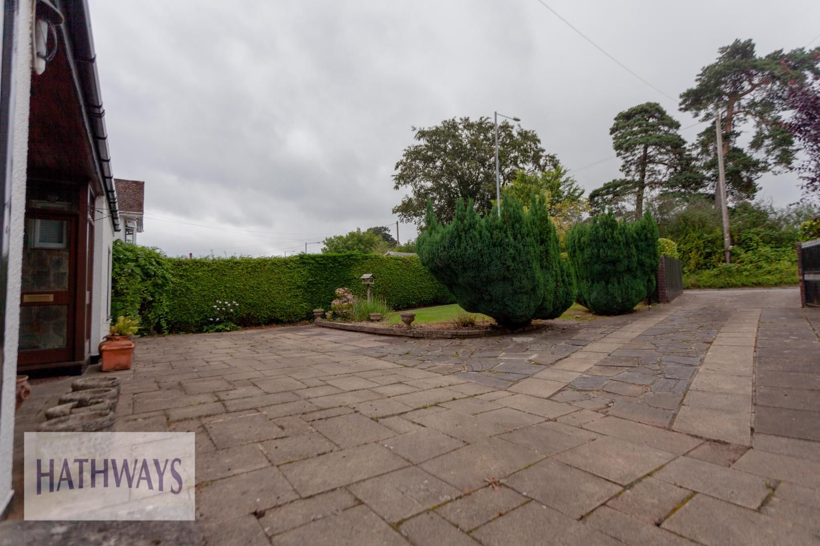 3 bed house for sale in Caerleon Road 3