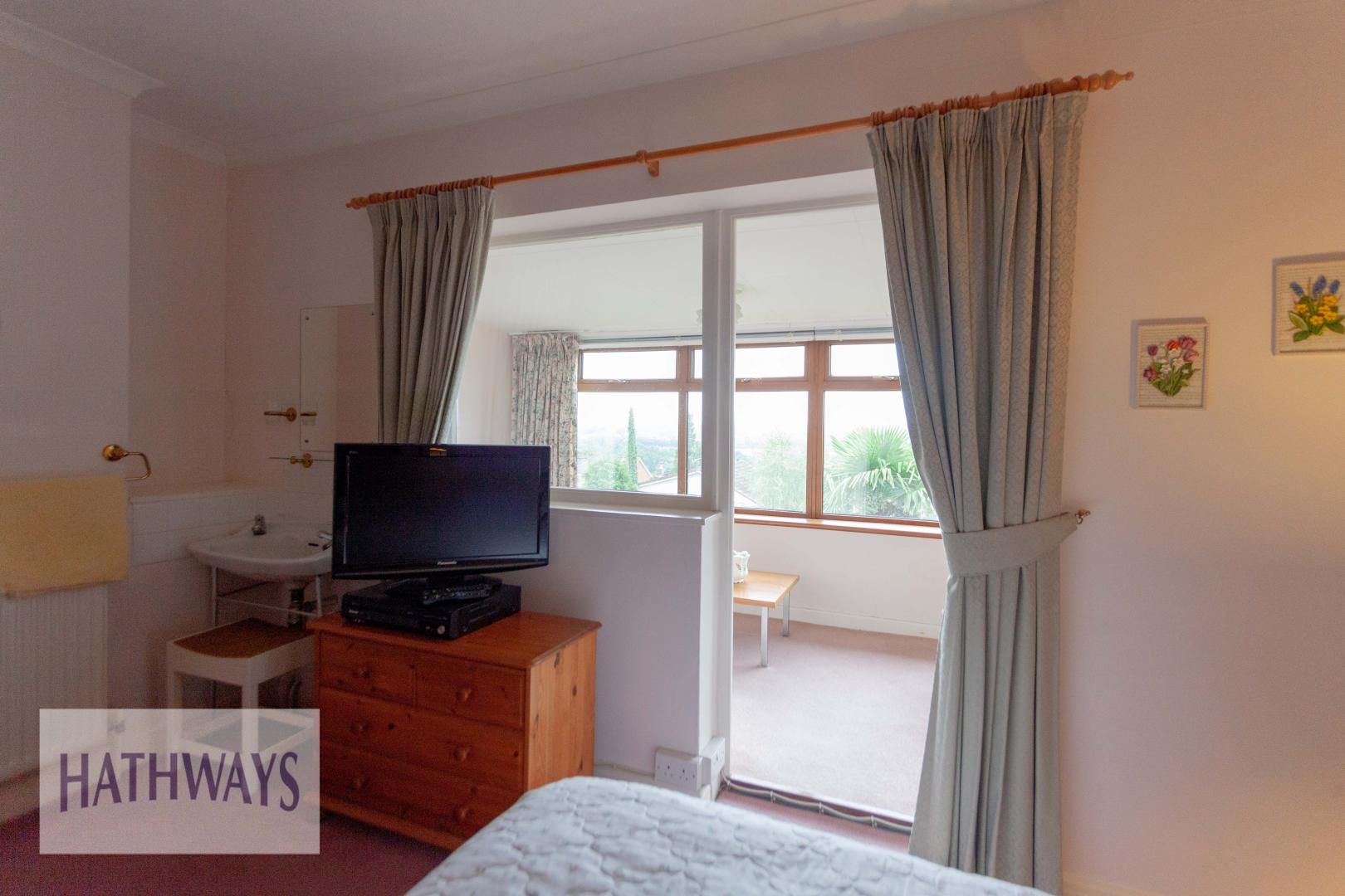 3 bed house for sale in Caerleon Road 37