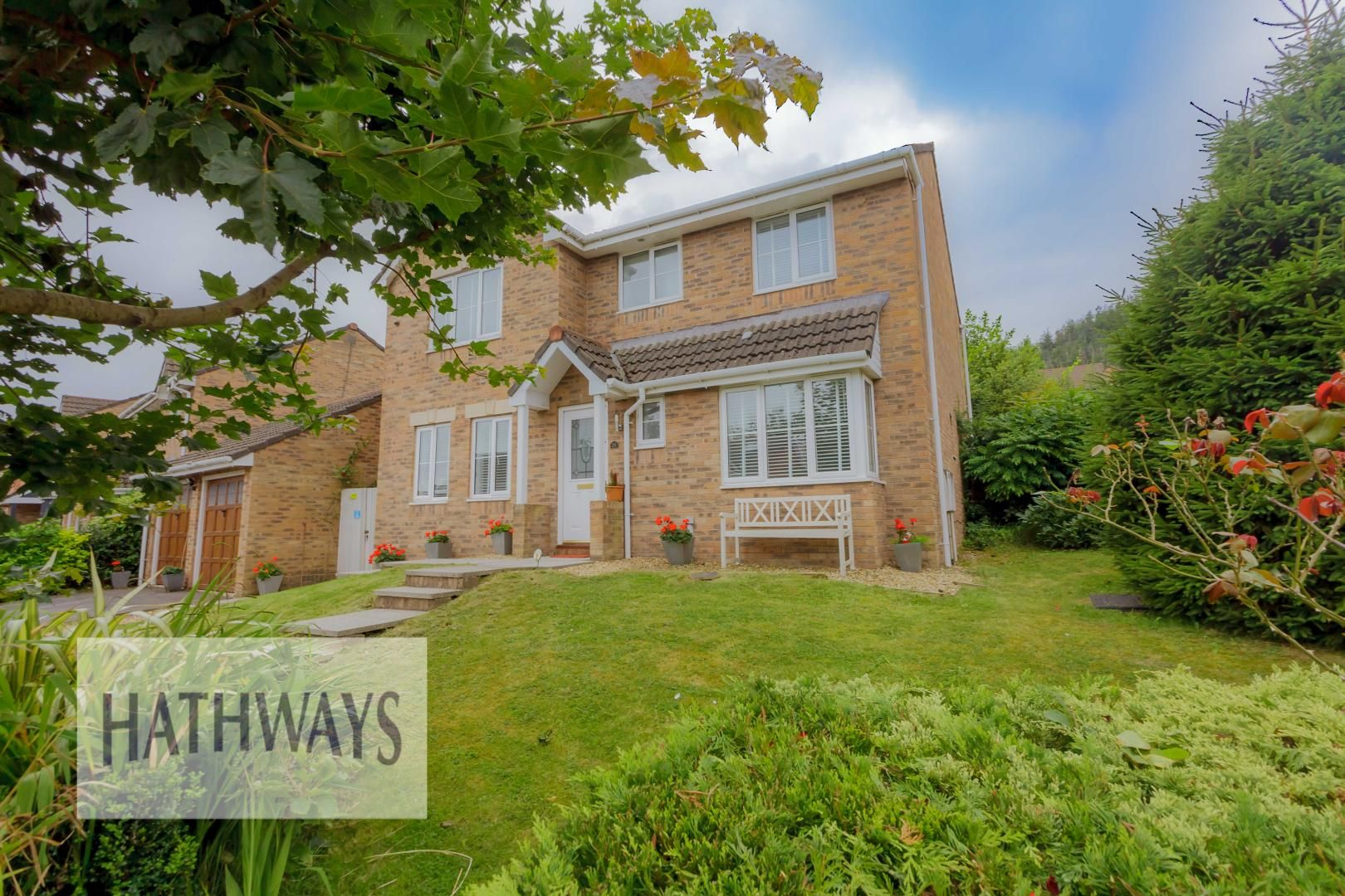 4 bed house for sale in Forest View, NP44