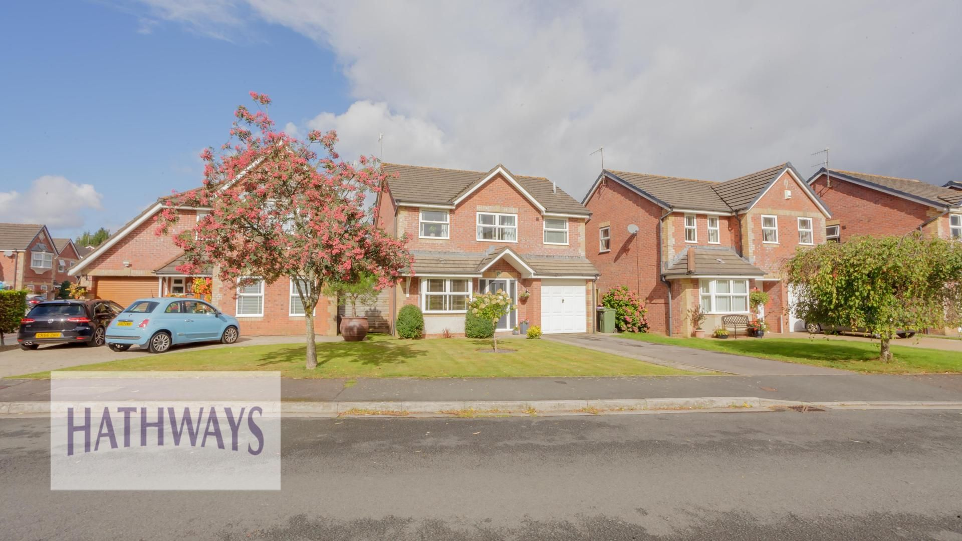 4 bed house for sale in Barnfield, NP18