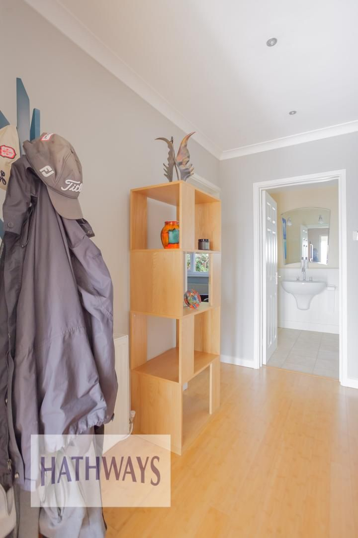 4 bed house for sale in Parkwood Close  - Property Image 11