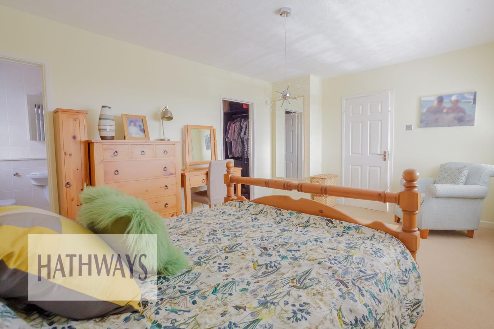4 bed house for sale in Parkwood Close 14