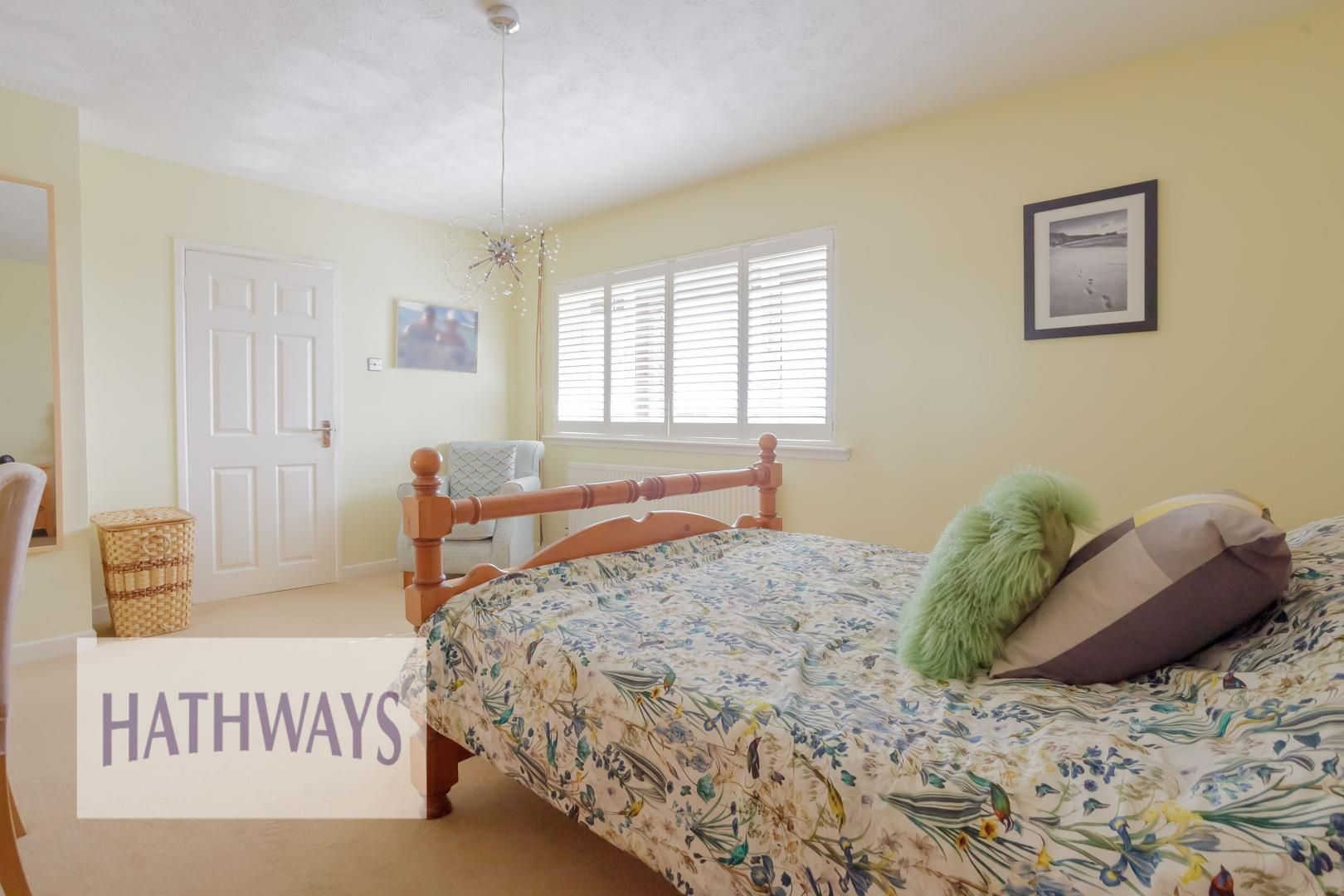 4 bed house for sale in Parkwood Close 15