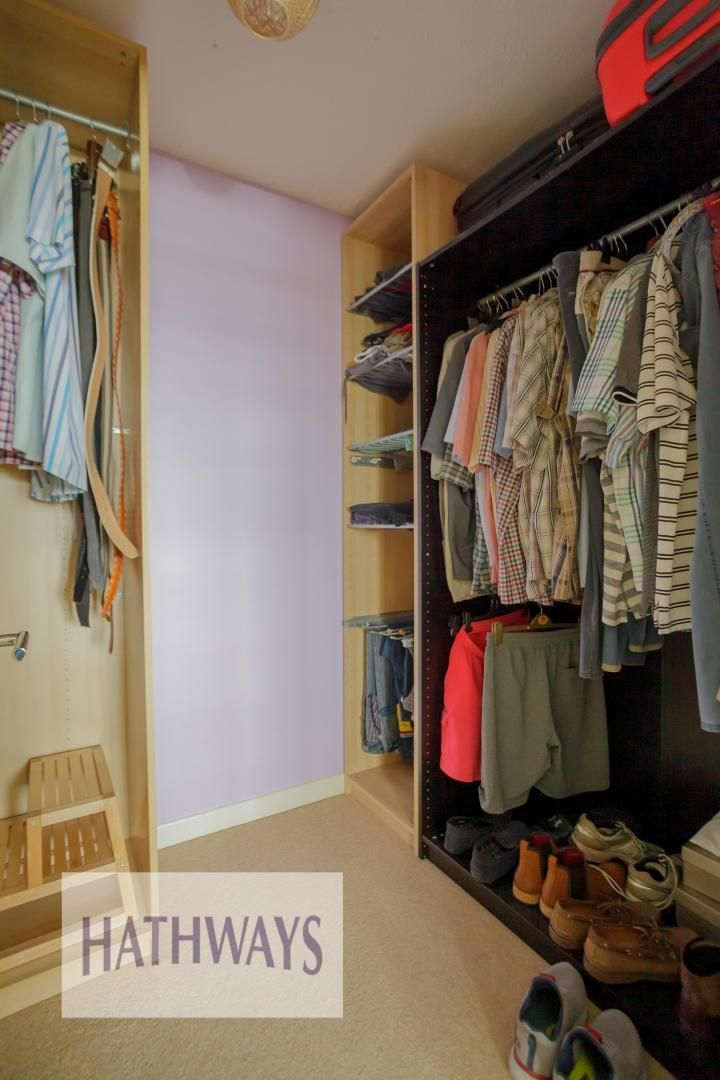 4 bed house for sale in Parkwood Close  - Property Image 16