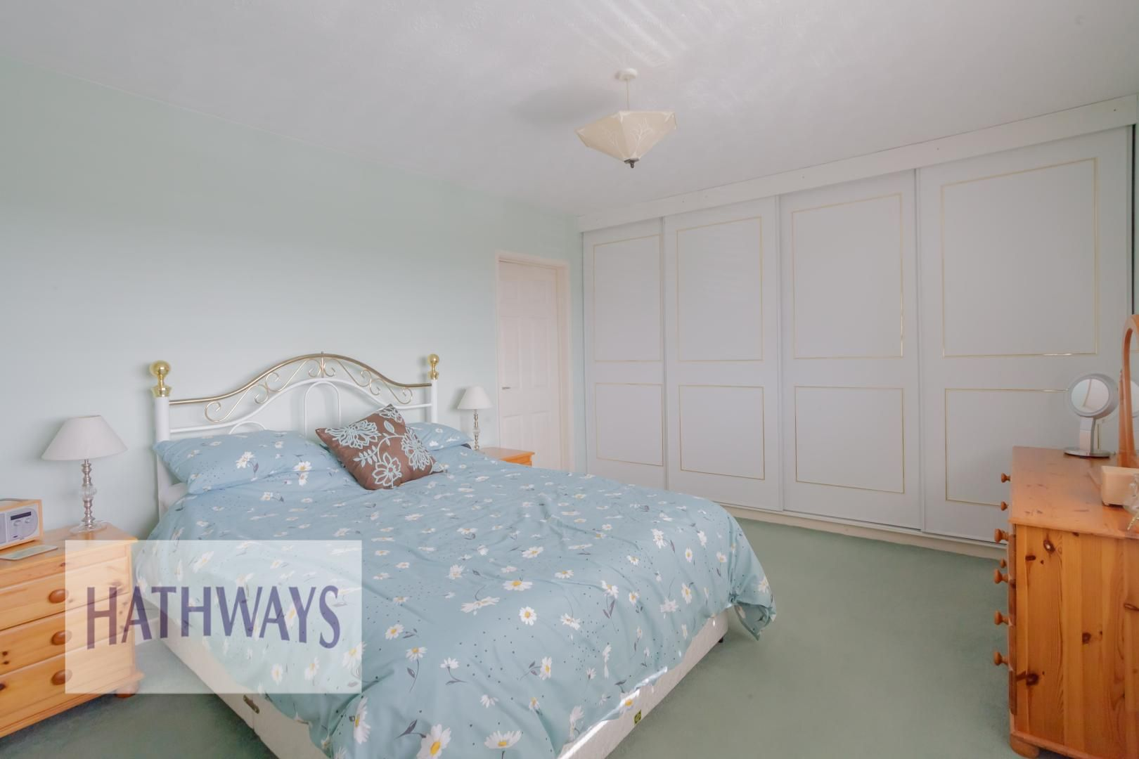 4 bed house for sale in Parkwood Close 21