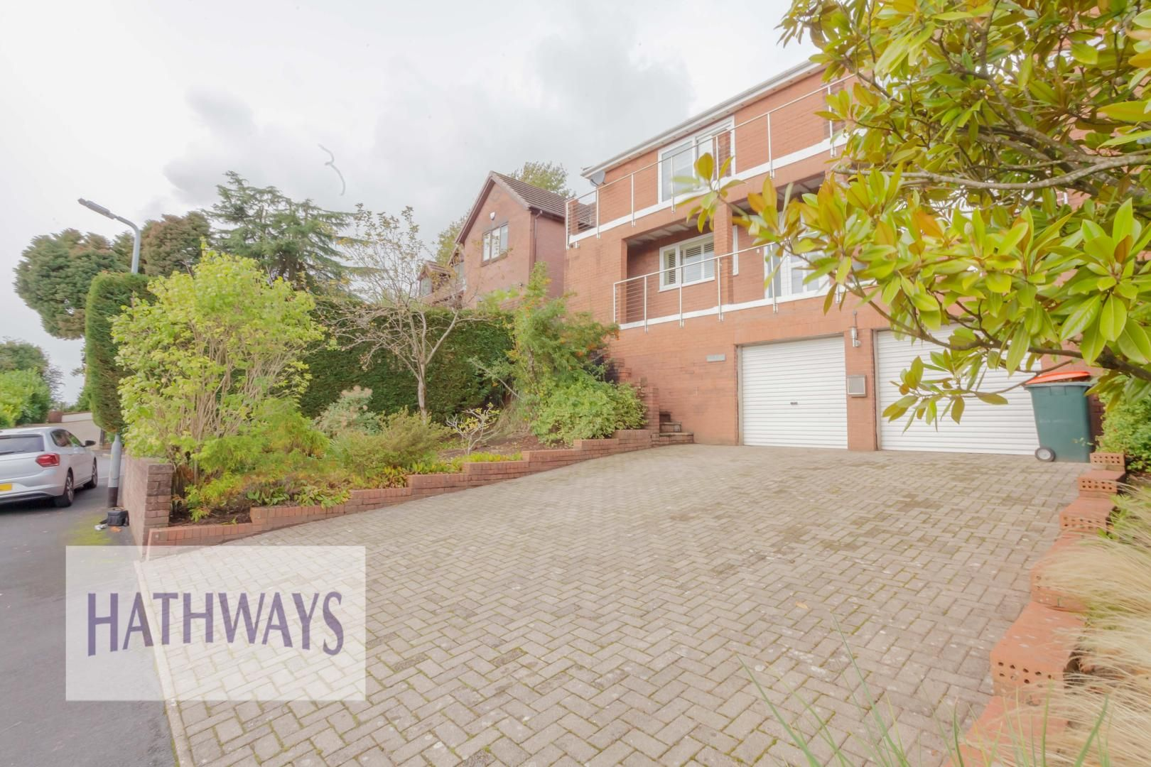 4 bed house for sale in Parkwood Close 4