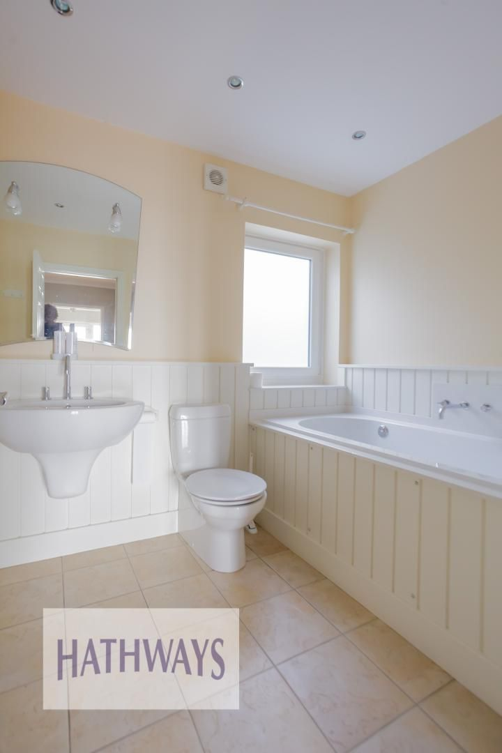 4 bed house for sale in Parkwood Close  - Property Image 37