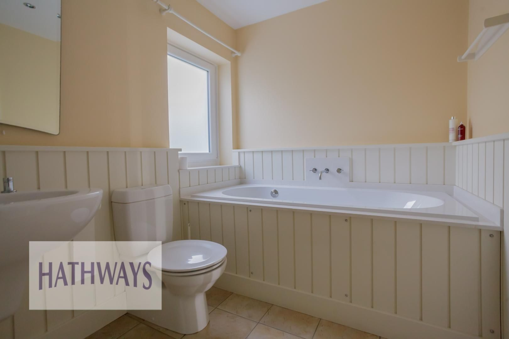 4 bed house for sale in Parkwood Close 38