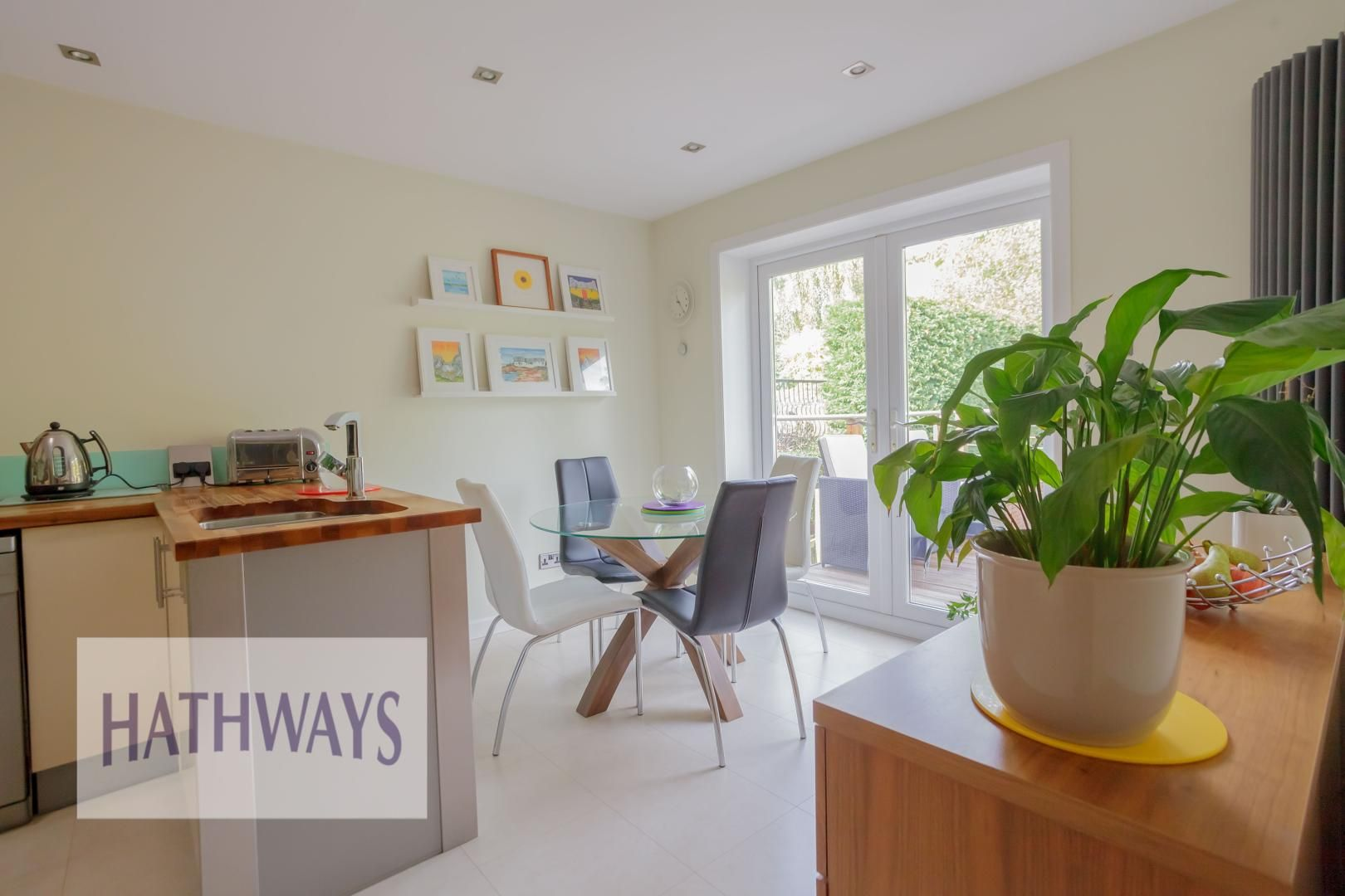 4 bed house for sale in Parkwood Close  - Property Image 44