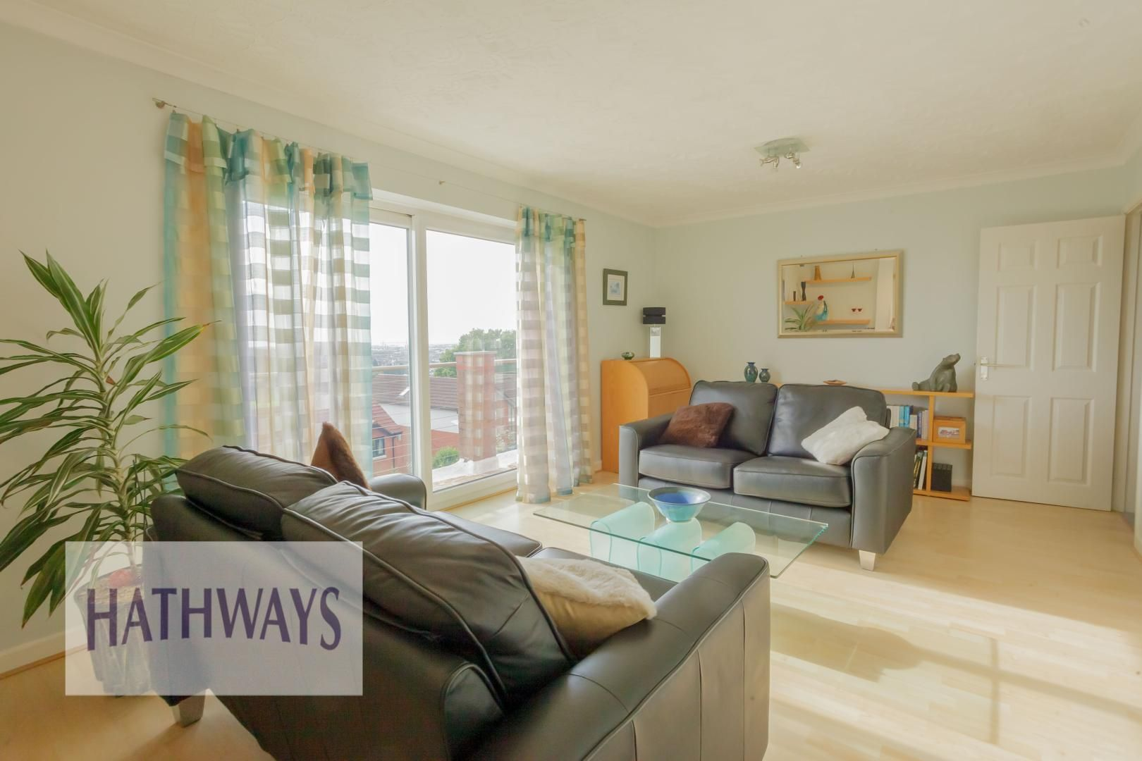 4 bed house for sale in Parkwood Close 55