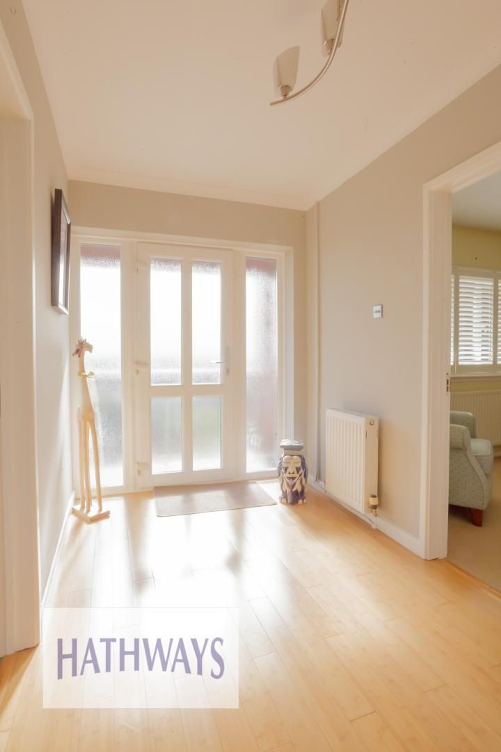4 bed house for sale in Parkwood Close 7