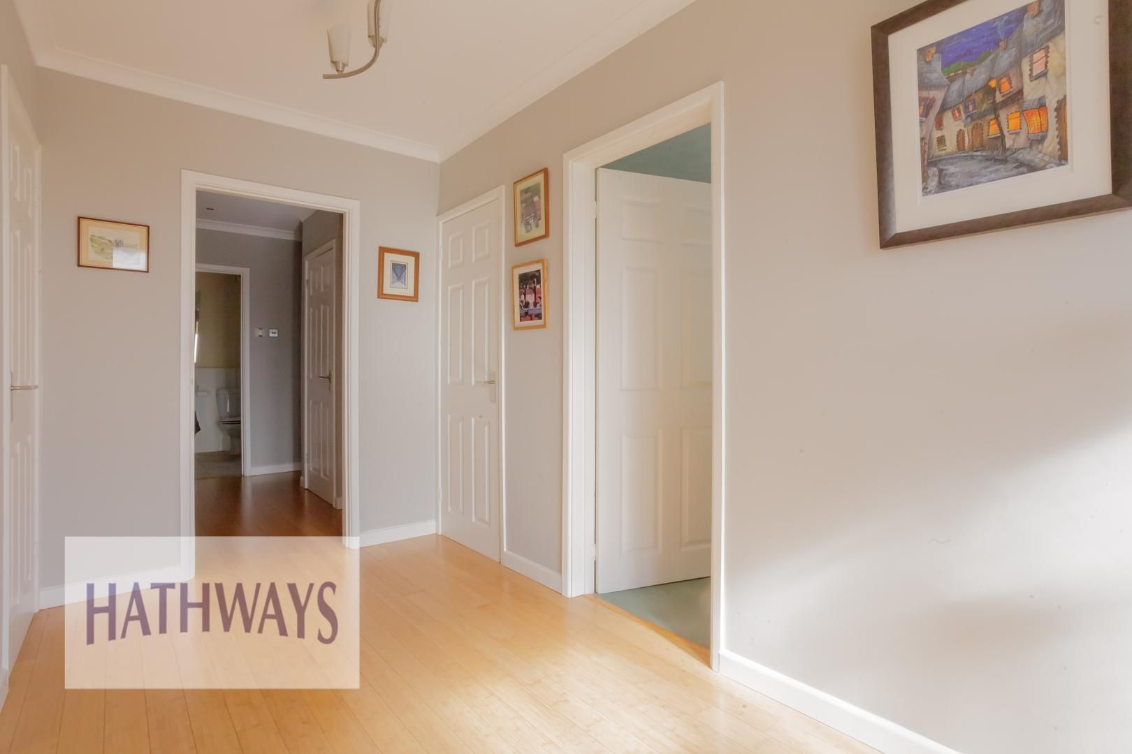 4 bed house for sale in Parkwood Close 8