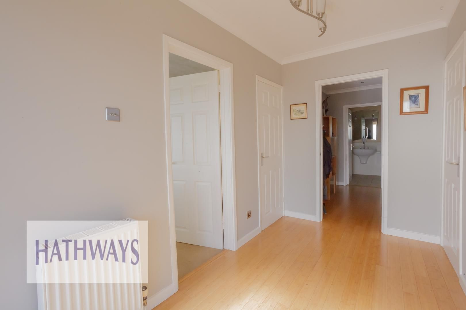 4 bed house for sale in Parkwood Close 9
